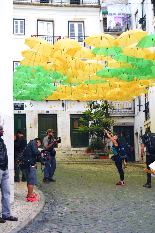 Umbrella Sky Project - Alfama'142