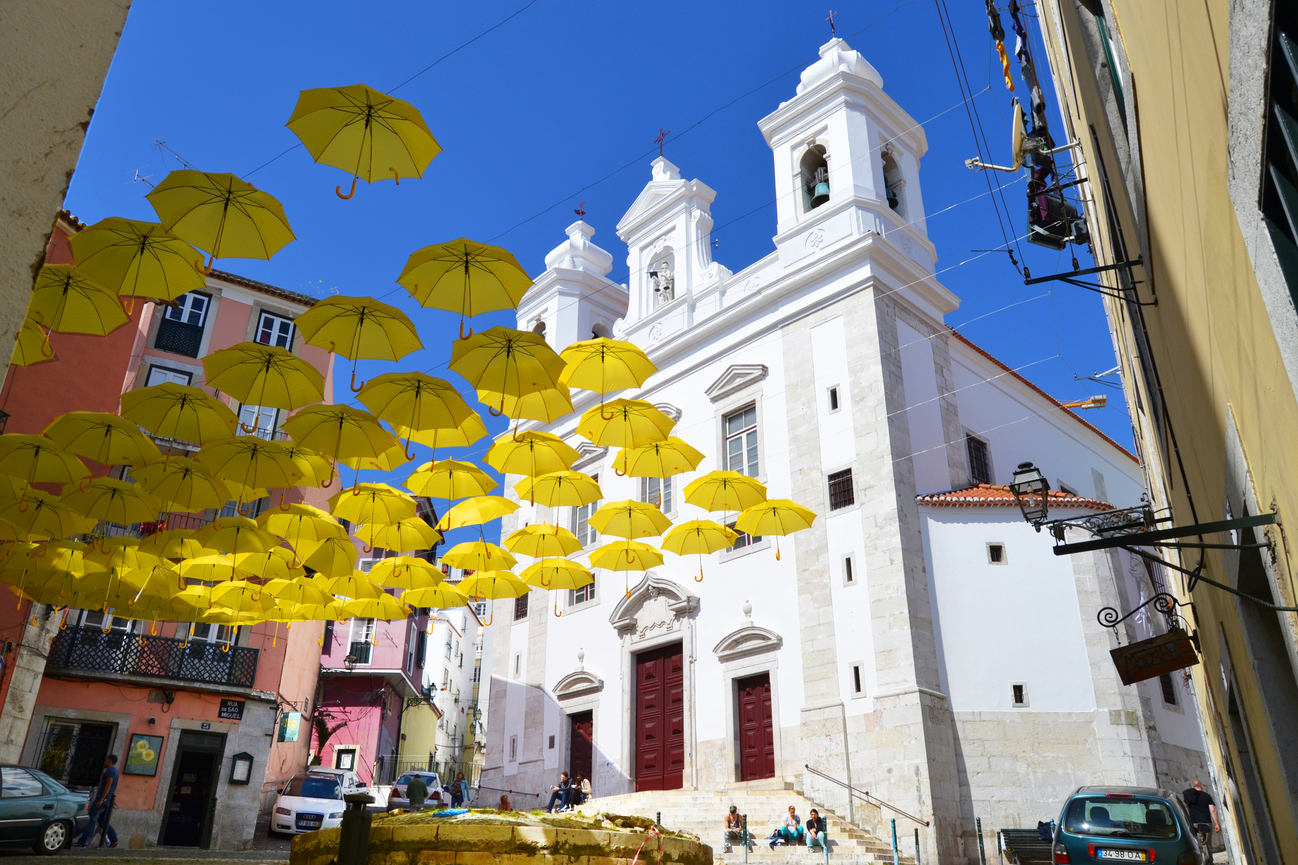 Projet Umbrella Sky Project - Alfama'14