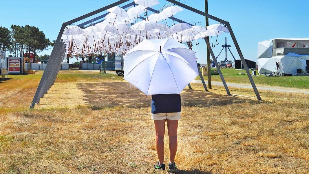 White Umbrella Sky Project  - Zambujeira do Mar'16