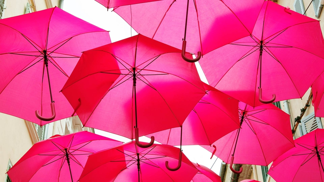 Pink Umbrella Sky - Sanary-sur-Mer'16