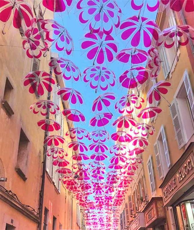 Pink Flower Power Umbrella Sky - Sanary-sur-Mer'190