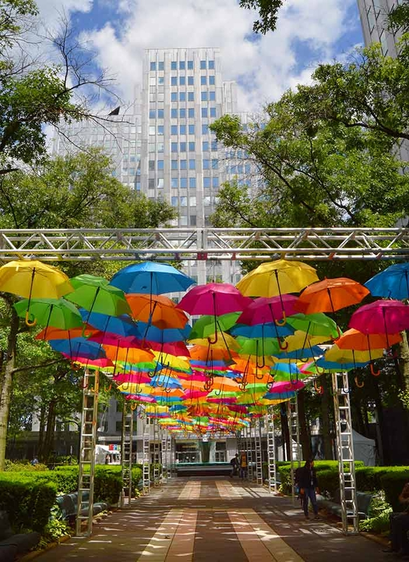 Umbrella Sky Project - Pittsburgh'170