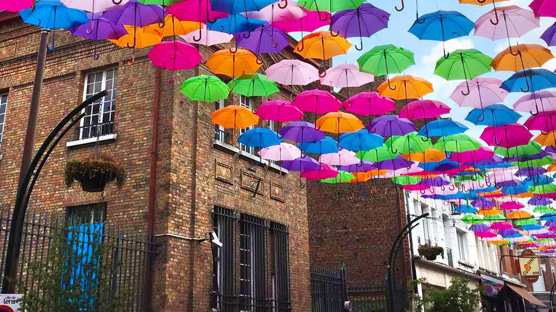 Umbrella Sky Project - Lens'17