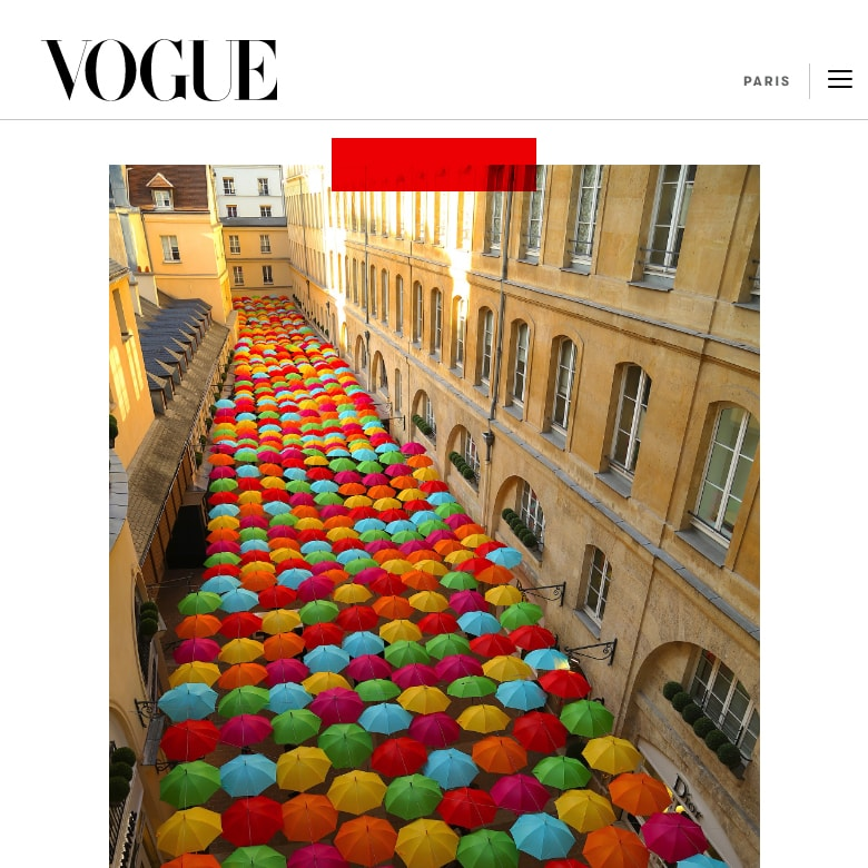 800 colorful umbrellas invaded the Village Royal in Paris 5
