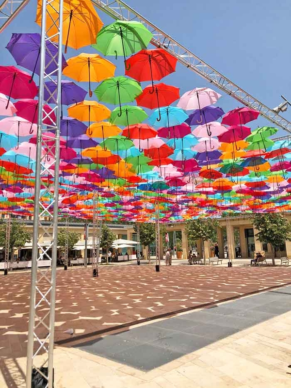 Umbrella Sky Project - Aix-en-Provence'190