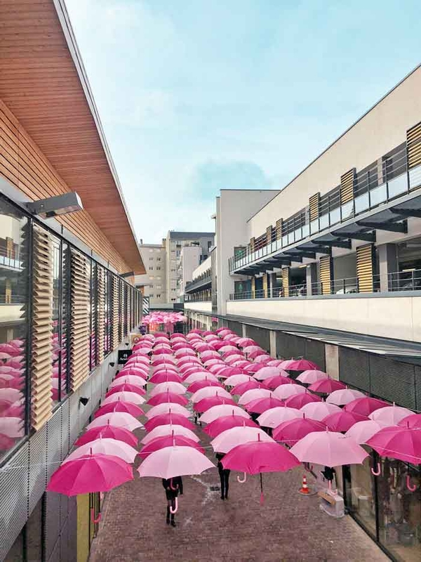 Pink Umbrella Sky Project - Bourges'190