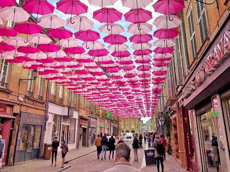 Pink Umbrella Sky Project - Charleville-Mézières'19
