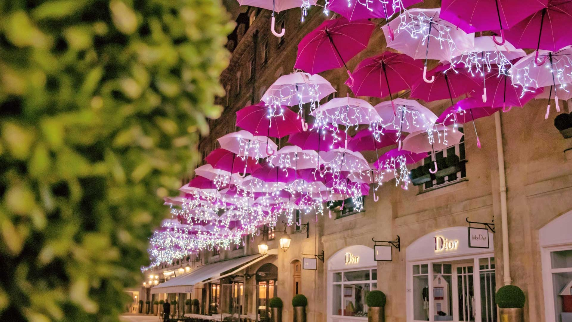 Pink Umbrella Sky Project - Paris'20
