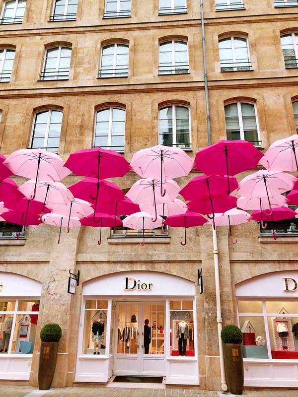 Pink Umbrella Sky Project - Paris'200