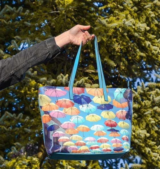 Handbag Full of Dreams