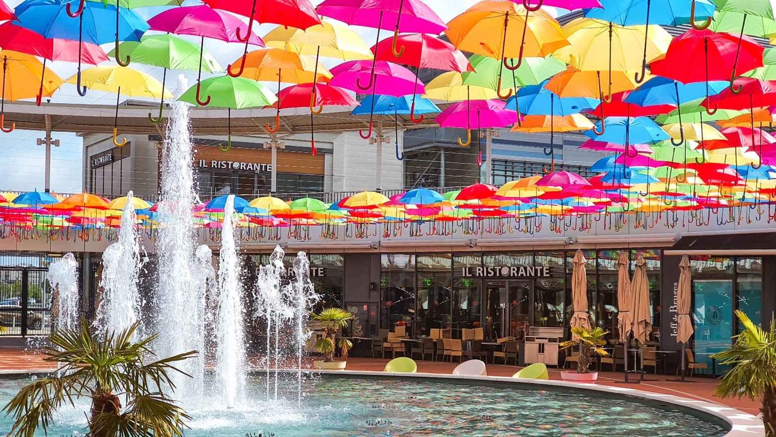 Umbrella Sky Project - Tours'20