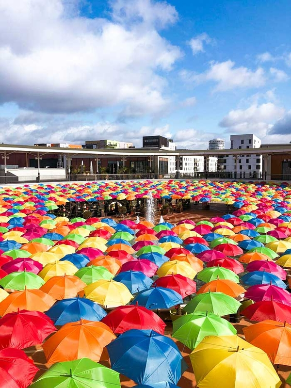 Umbrella Sky Project - Tours'201