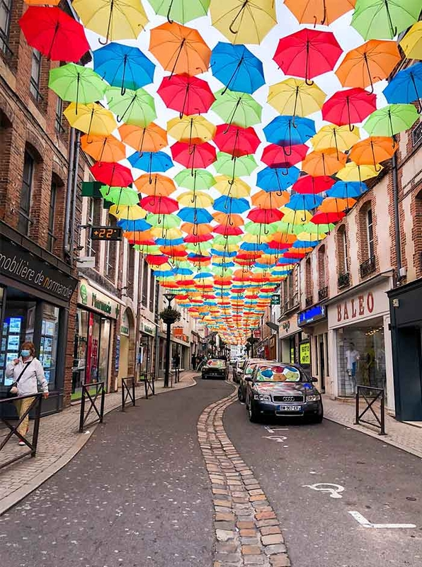 Umbrella Sky Project - L'Aigle'200