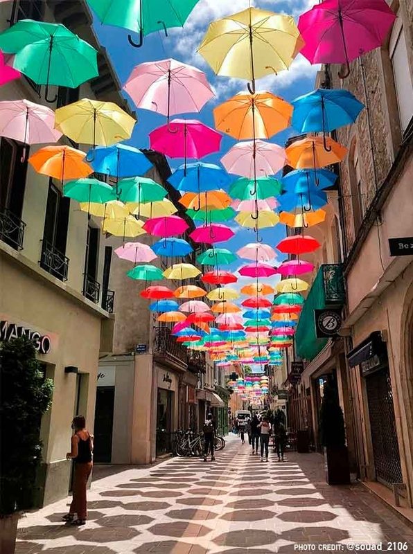 Umbrella Sky Project - Carcassonne'200