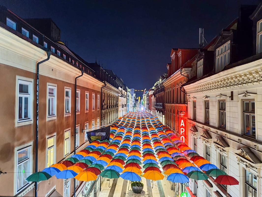 Umbrella Sky Project - Estocolmo'200